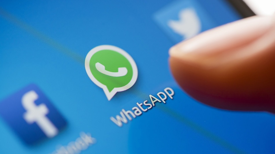 Top 5 tips to get some privacy and go invisible on WhatsApp | Under